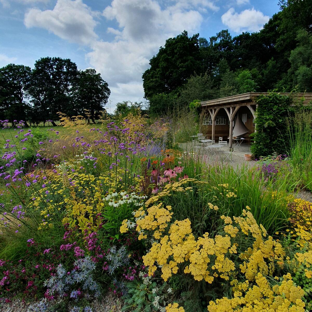 Gravel garden and tea pavilion