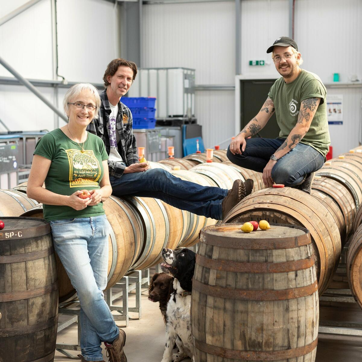 Meet the makers 🍎 Take a tour to go behind the scenes into the cidery
