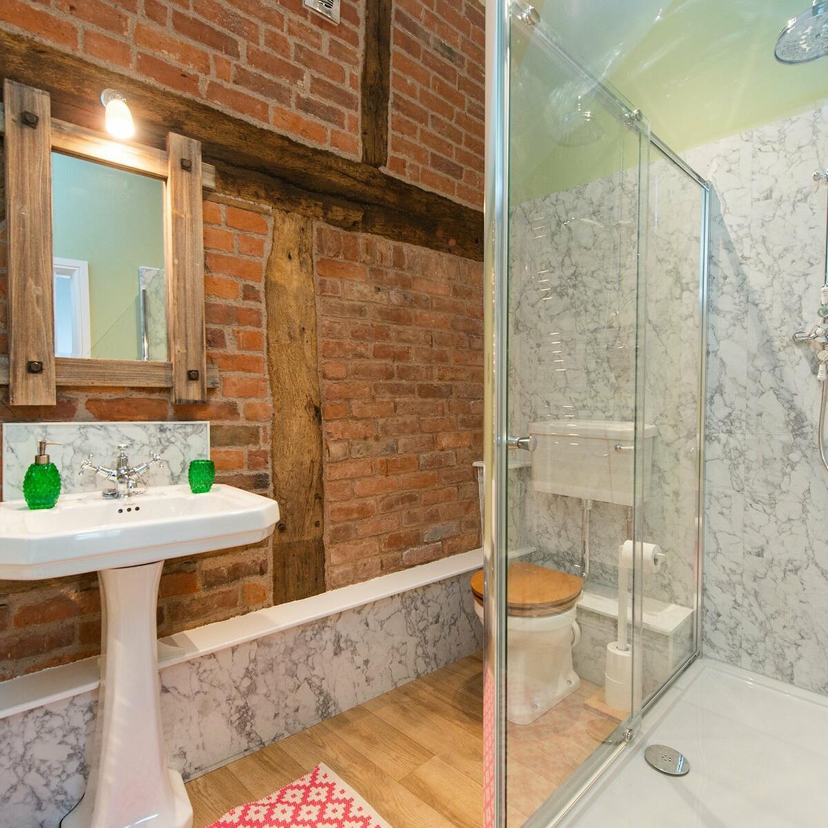 Ensuite Bathroom Hayloft