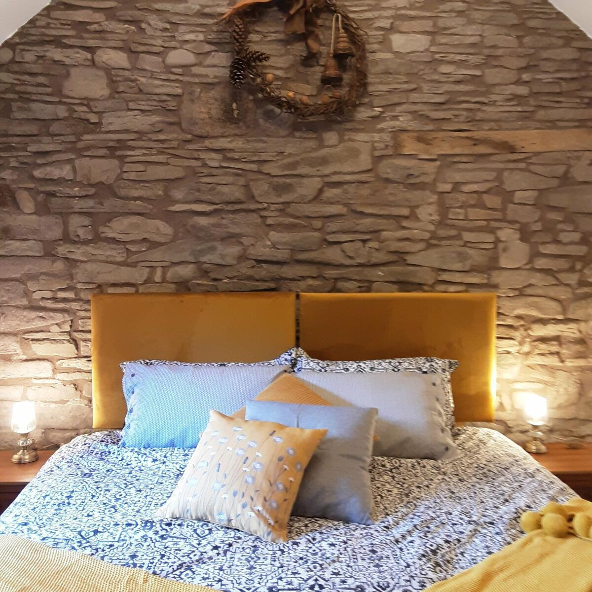 Choice of super king or twin beds.