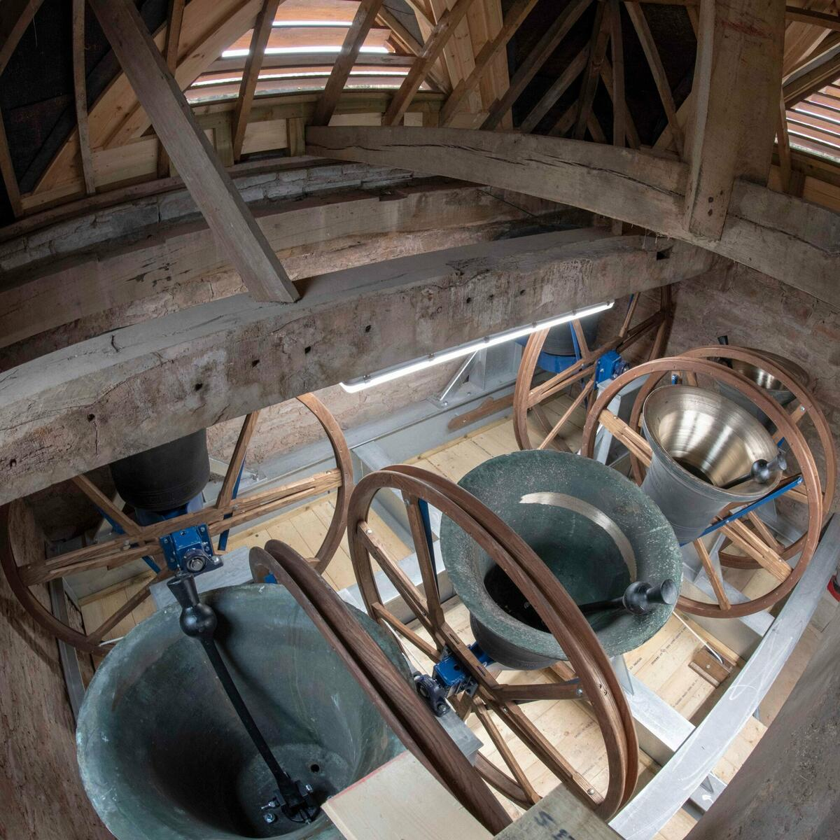 6 Bells - visiting ringers welcome