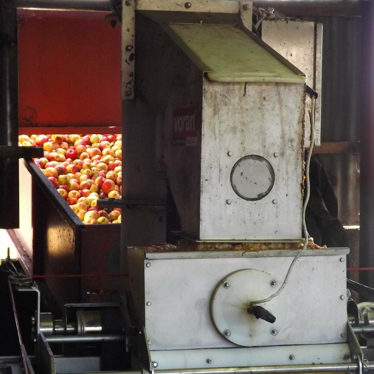 Apple mill
